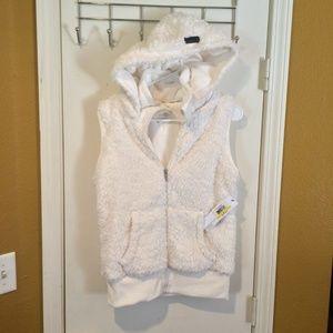 Kensie women's hooded soft white SHERPA hoody vest
